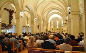 eglise cestas interieur et christ